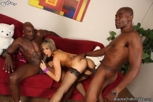 blacks-on-blondes-aleska-diamond-interracial-dp-with-perfect-girl (10)