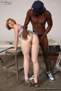 blacks-on-blondes-allison-wyte-horny-girl-rides-long-black-pole (10)