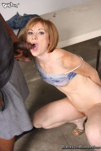 blacks-on-blondes-allison-wyte-horny-girl-rides-long-black-pole (22)