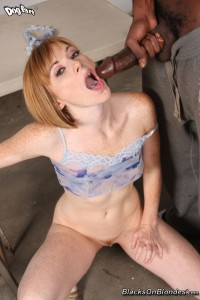 blacks-on-blondes-allison-wyte-horny-girl-rides-long-black-pole (24)
