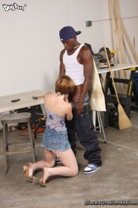 blacks-on-blondes-allison-wyte-horny-girl-rides-long-black-pole (4)