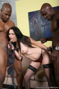 blacks-on-blondes-ally-style-interracial-big-dick-dp-fuck (11)