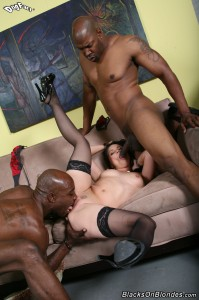 blacks-on-blondes-ally-style-interracial-big-dick-dp-fuck (14)