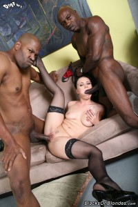 blacks-on-blondes-ally-style-interracial-big-dick-dp-fuck (18)
