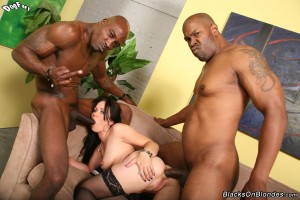 blacks-on-blondes-ally-style-interracial-big-dick-dp-fuck (22)