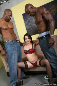 blacks-on-blondes-ally-style-interracial-big-dick-dp-fuck (6)
