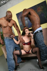 blacks-on-blondes-ally-style-interracial-big-dick-dp-fuck (7)