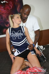 blacks-on-blondes-alyssa-branch-interracial-fucking-sexy-cheerleader (5)
