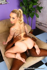 blacks-on-blondes-annette-schwartz-interracial-dp-fuck (25)