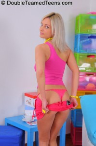double-teamed-teens-brea-threesome-with-very-petite-blonde (3)