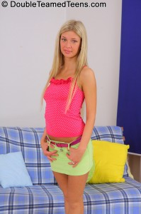 double-teamed-teens-emily-stunning-blonde-with-tight-body (1)