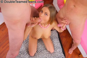 double-teamed-teens-rose-dp-fuck-with-perfect-body-teen (10)