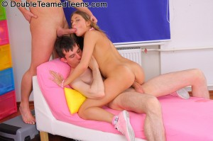 double-teamed-teens-rose-dp-fuck-with-perfect-body-teen (17)