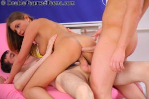 double-teamed-teens-rose-dp-fuck-with-perfect-body-teen (18)