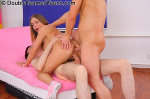 double-teamed-teens-rose-dp-fuck-with-perfect-body-teen (21)
