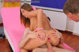 double-teamed-teens-rose-dp-fuck-with-perfect-body-teen (22)