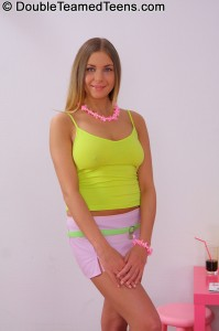 double-teamed-teens-rose-dp-fuck-with-perfect-body-teen (3)