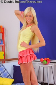double-teamed-teens-teena-stunning-blonde-fucks-two-guys (3)