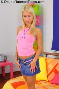 double-teamed-teens-temptation-dp-stretches-out-petite-blonde (2)