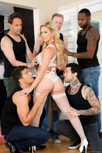 evil-angel-blonde-milf-cherie-deville-air-tight-gangbang (4)
