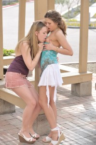 ftvgirls-Anna- Amber-kissing-and-pussy-licking-in-parking-lot (16)