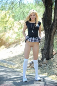 ftvgirls-alexa-sexy-petite-blonde-striptease-in-park (2)