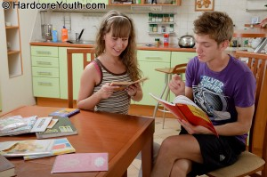 hardcore-youth-camille-barely-legal-schoolgirl-gets-anal-in-kitchen (2)