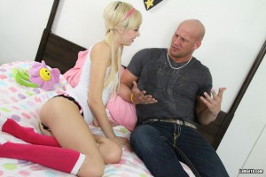 lethal-18-emma-mae-young-and-petite-teen-fucked (2)