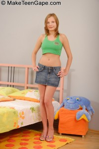 make-teens-gape-autumn-teens-ass-filled-full-of-dick (1)
