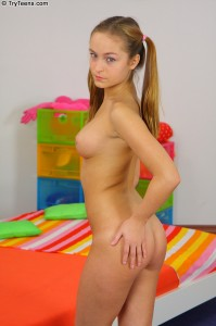 try-teens-sabrina-tight-rear-entry-with-very-perky-teen (11)