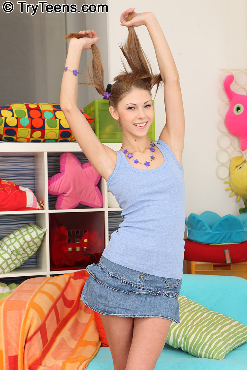 Anal Teens Porn Angelica Abby try teens: super skinny teen abby loves anal